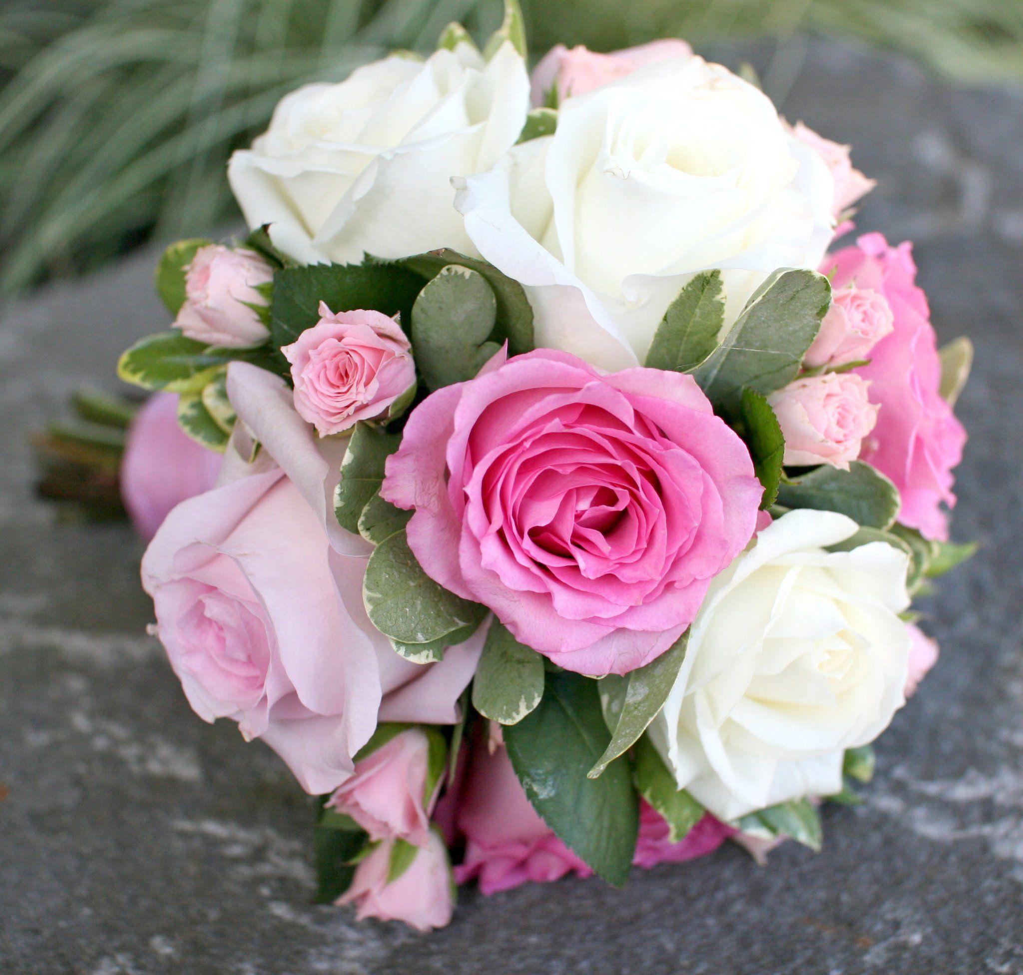 Pink and Magenta Bouquets - BB0590-Small Pink and White Rose Bouquet ...
