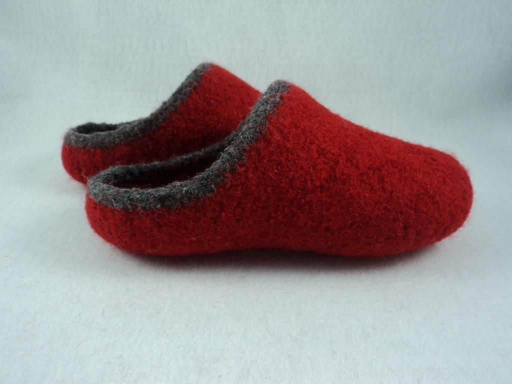 Women\'s Scuff Slippers Felted Knit | Felting, Knitting patterns and ...
