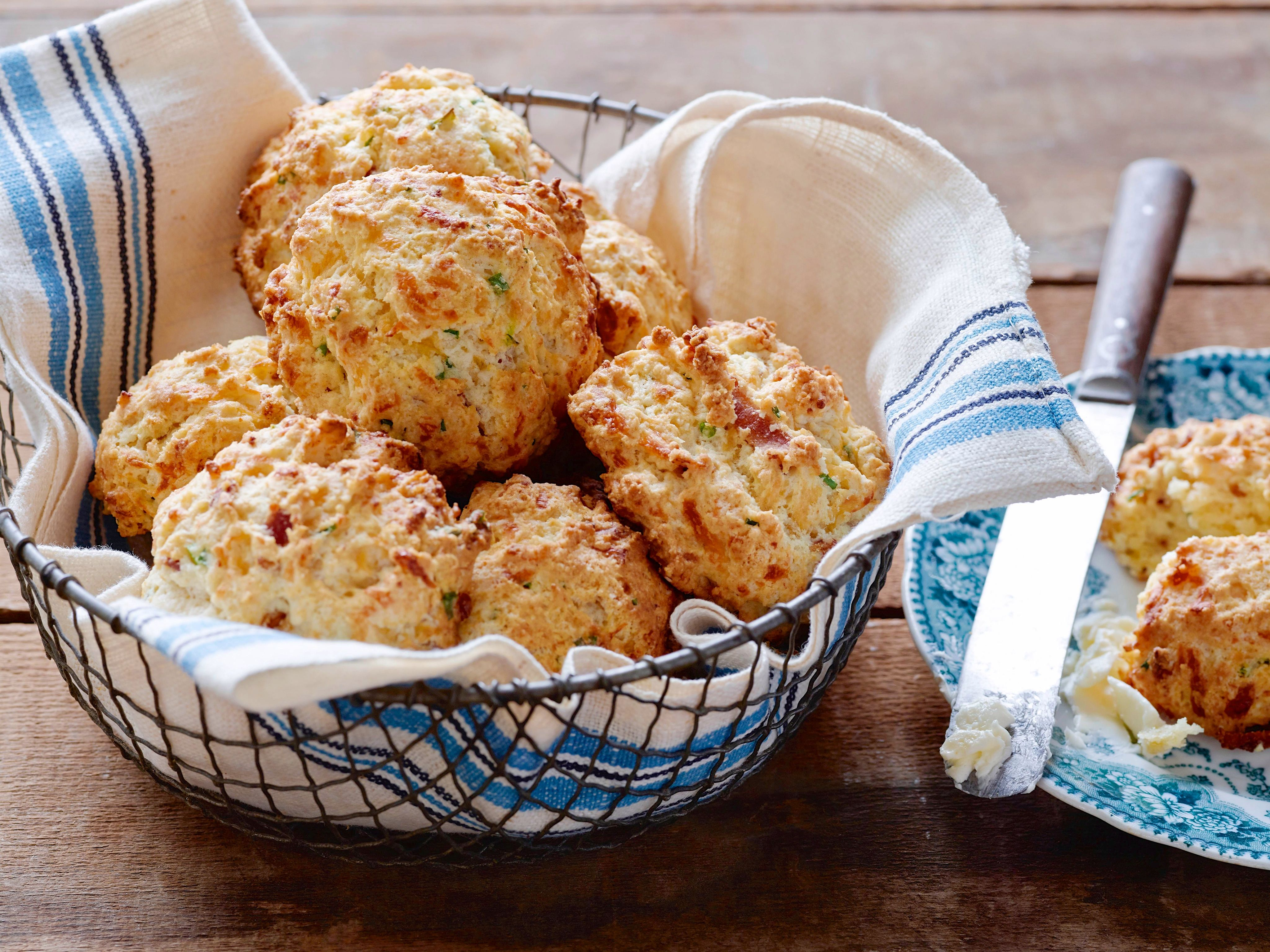 Bacon cheddar and chive biscuits recipe bbq side dish