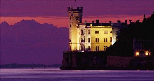Il castello di Miramare Viaggi, Turismo, Italia