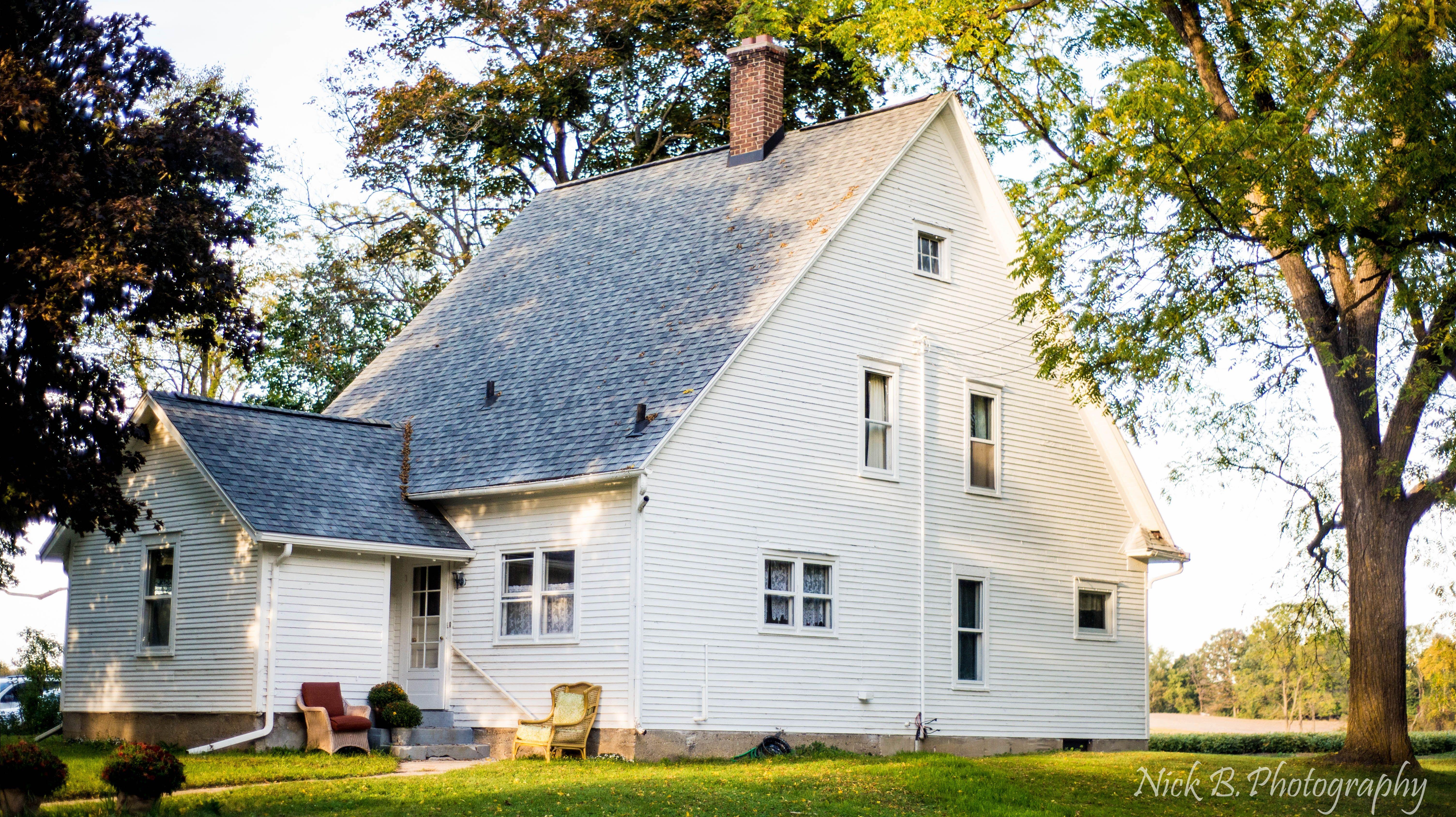 Olivet, Michigan in Michigan   Old Indian Creek Farm House Wedding ...