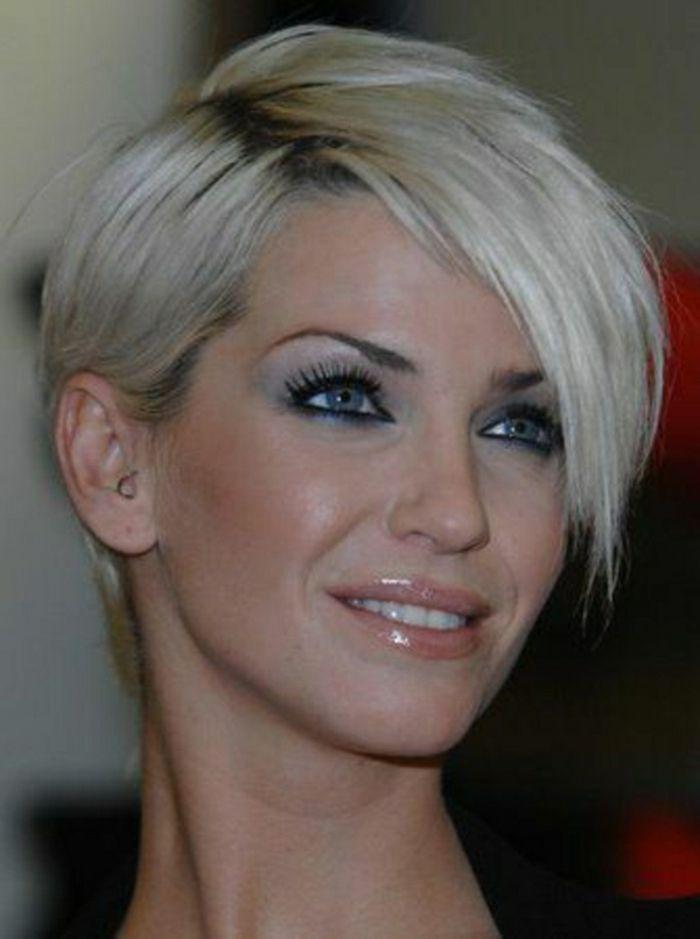 114 magnifiques photos de coiffure courte coupe courte d grad e femme coupe courte d grad e - Coupe femme degradee ...