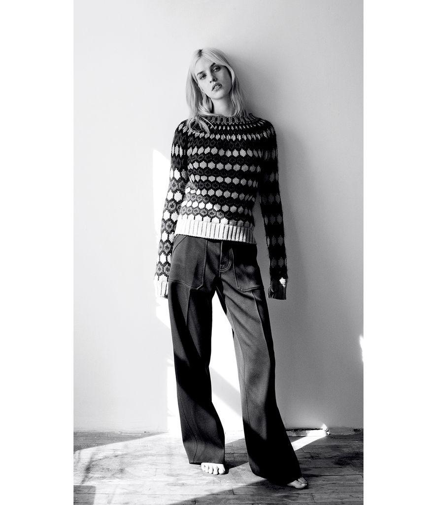 WSJ Magazine May 2015: Carey Mulligan by Angelo Pennetta / model: Julia Frauche ph: Matteo Montanari st: Zara Zachrisson / source: forums.thefashionspot.com