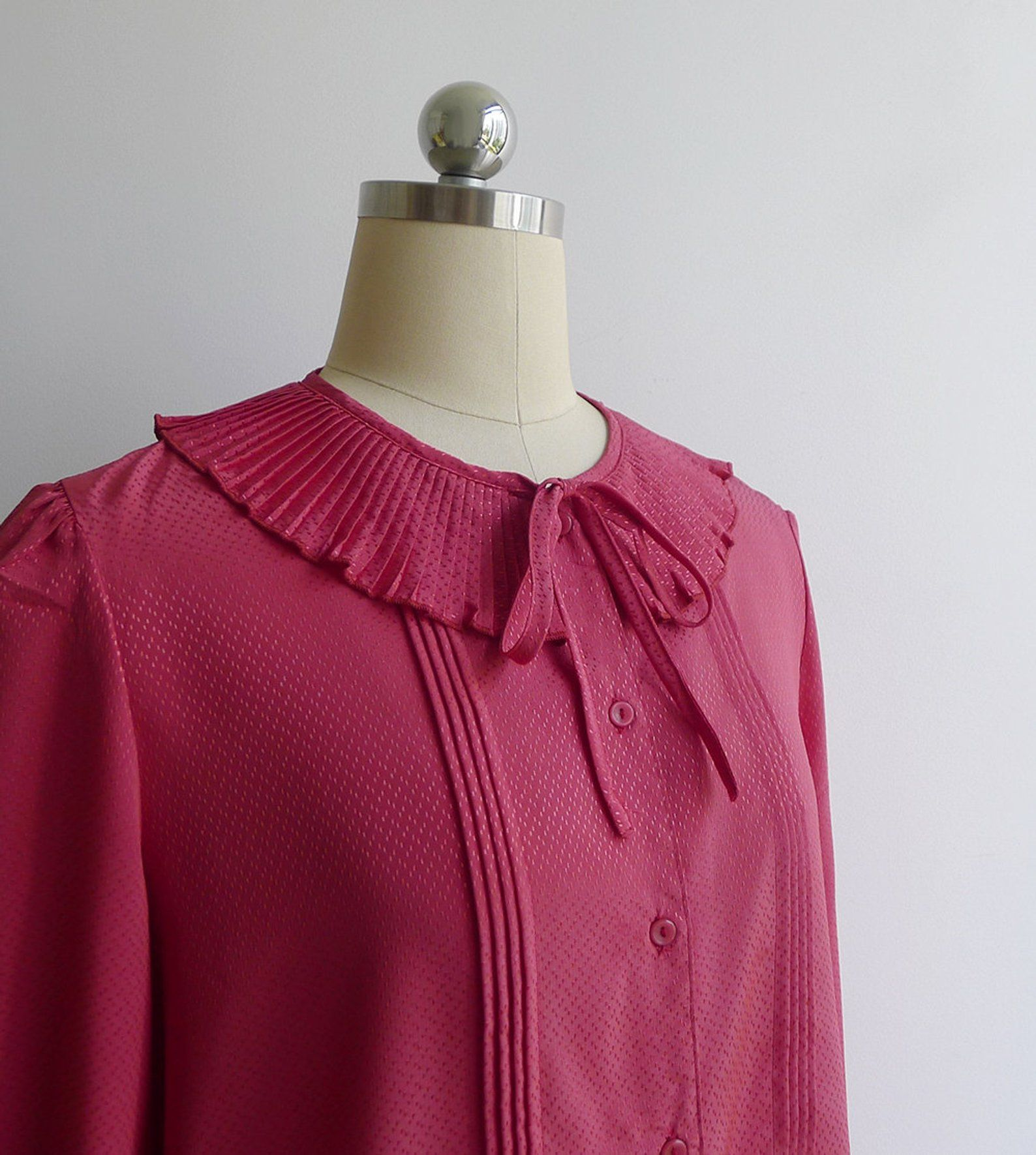 1d68c490f67cf9 Vintage 80's Pink Red Pleated Collar Blouse M or L in 2019 | Vintage ...