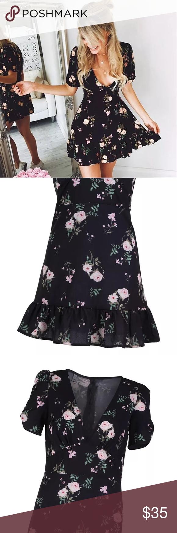 Nwt Black Floral V Neck Dress W White Flowers Clothes Design Dresses V Neck Dress [ 1740 x 580 Pixel ]