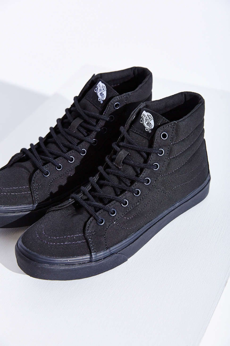 04fd85feb9b2fe These shoes  with black destroyed skinny jeans