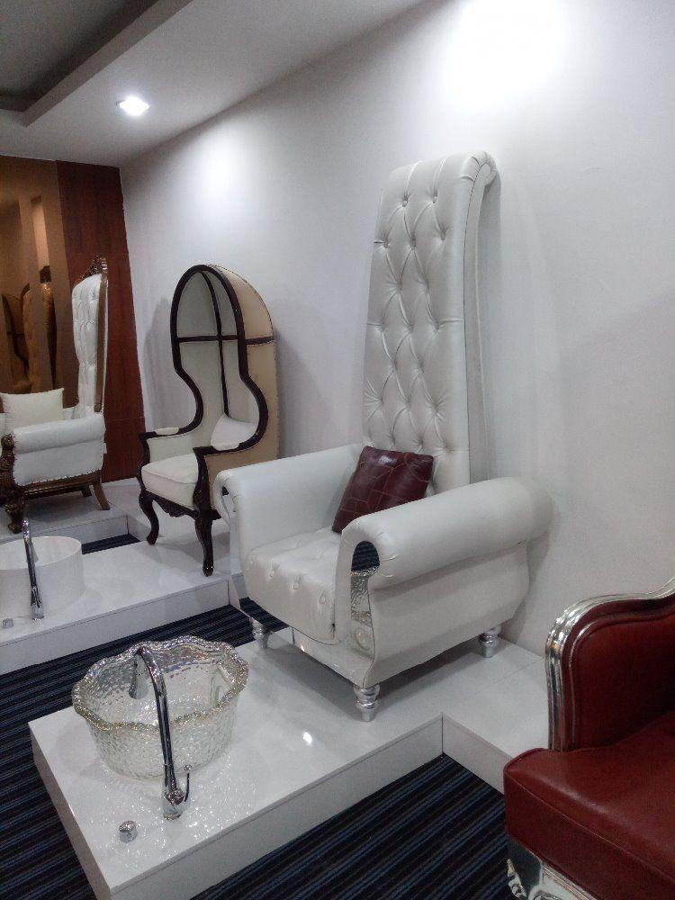 Stupendous Resultado De Imagen Para Modern Pedicure Chairs Home Decor Machost Co Dining Chair Design Ideas Machostcouk