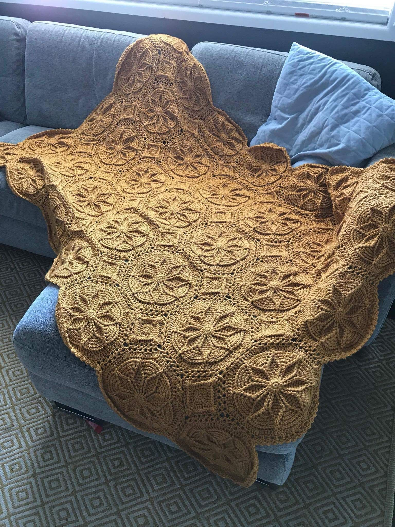A Priscilla Hewitt Pattern Grenoble Matelasse Afghan Made By Barbara Whittaker With Images Knitting Projects Crochet Yarn