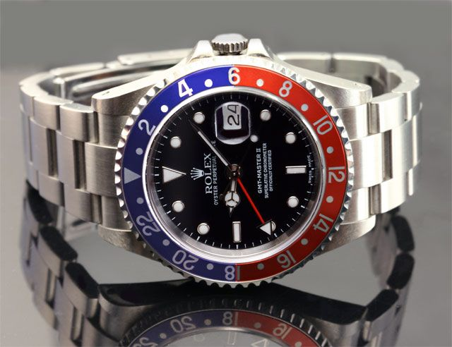 Pepsi Bezel GMT - Che style Photo by John B. Holbrook (www.luxurytyme.com)