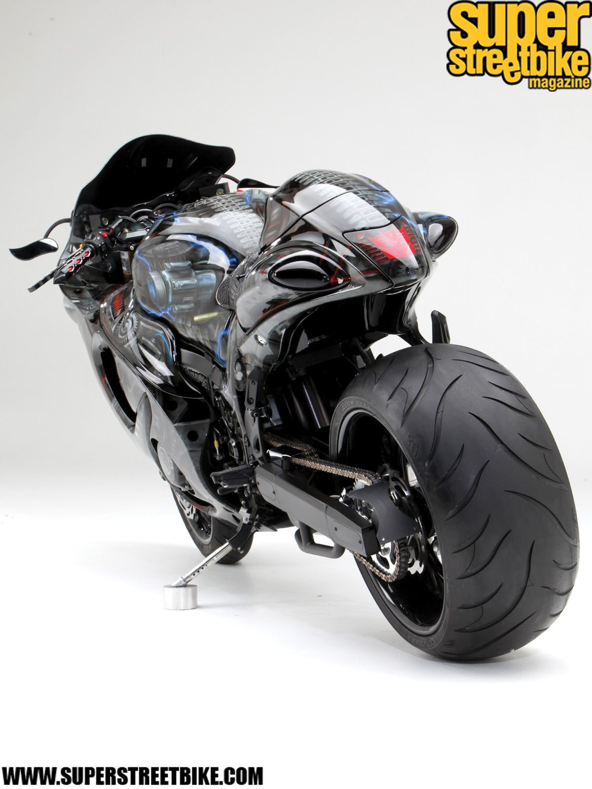Suzuki Hayabusa Is In Top 10 Of The Fastest Bikes Of The World