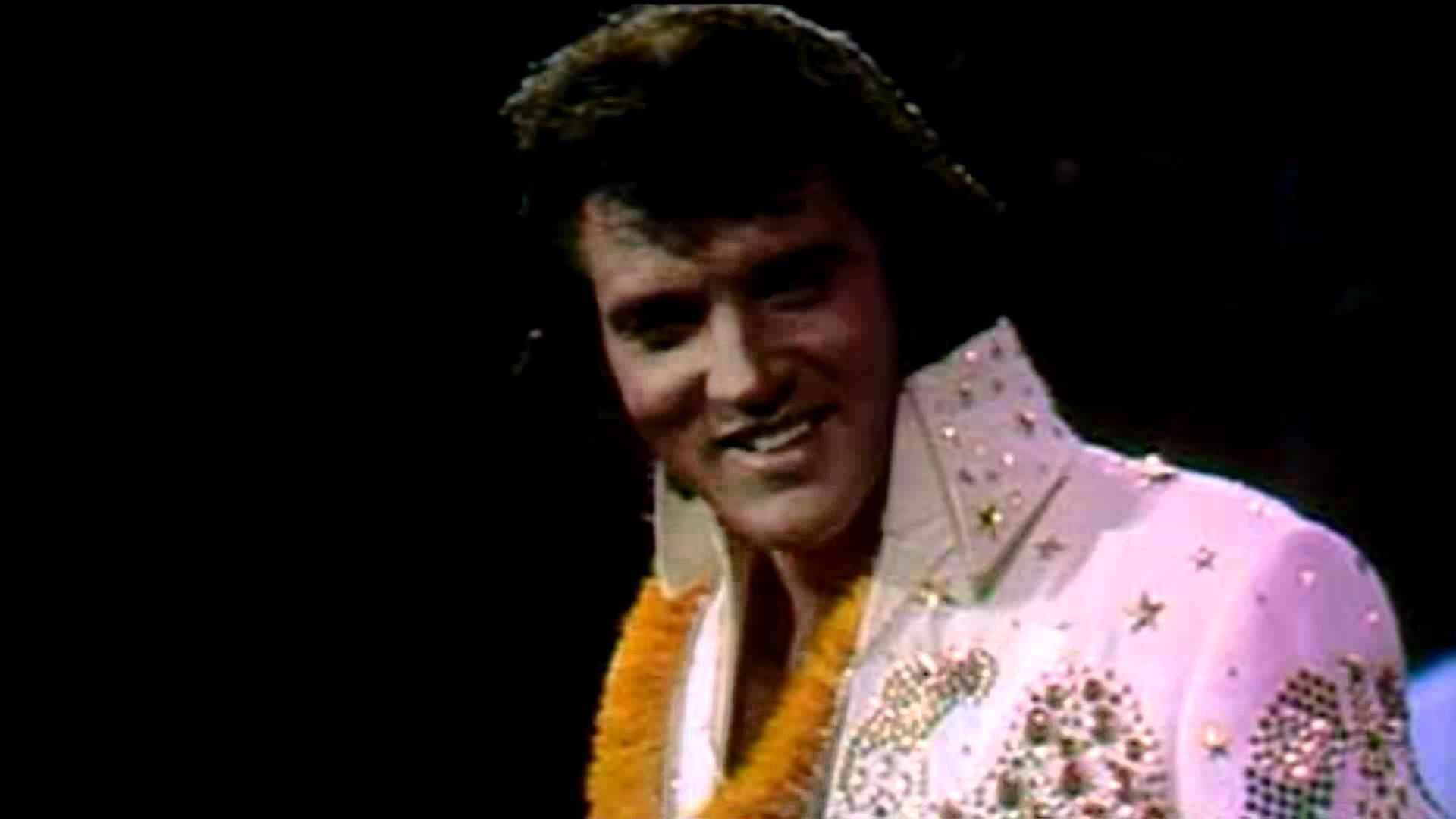 Elvis Johnny B. Goode - Live in Hawaii - YouTube