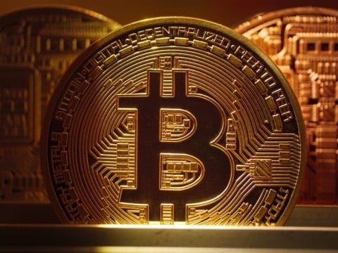 Worth investing in bitcoin reddit