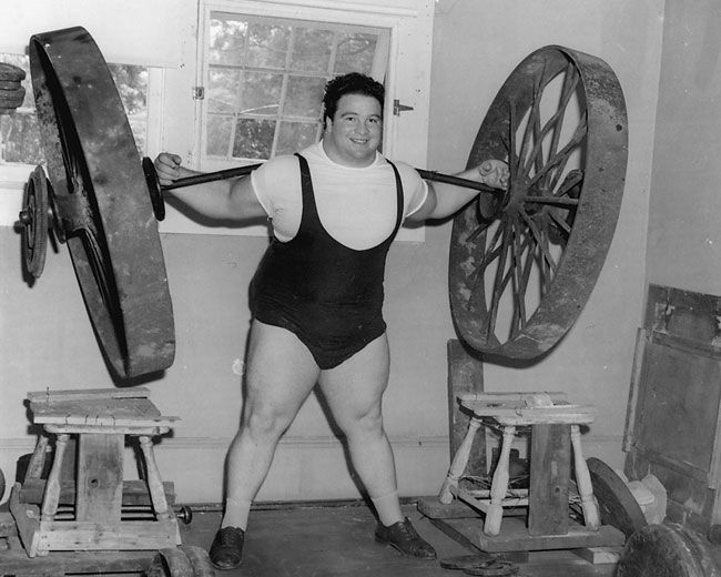 The Strength Legacy of Strongman Paul Anderson | Poliquin Article | Big  muscles, Rare historical photos, World's strongest man