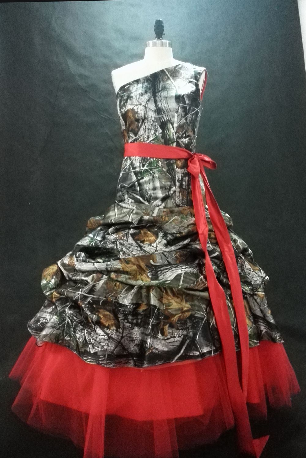 Click to buy ucuc free shipping real pictures mossy oak camo prom