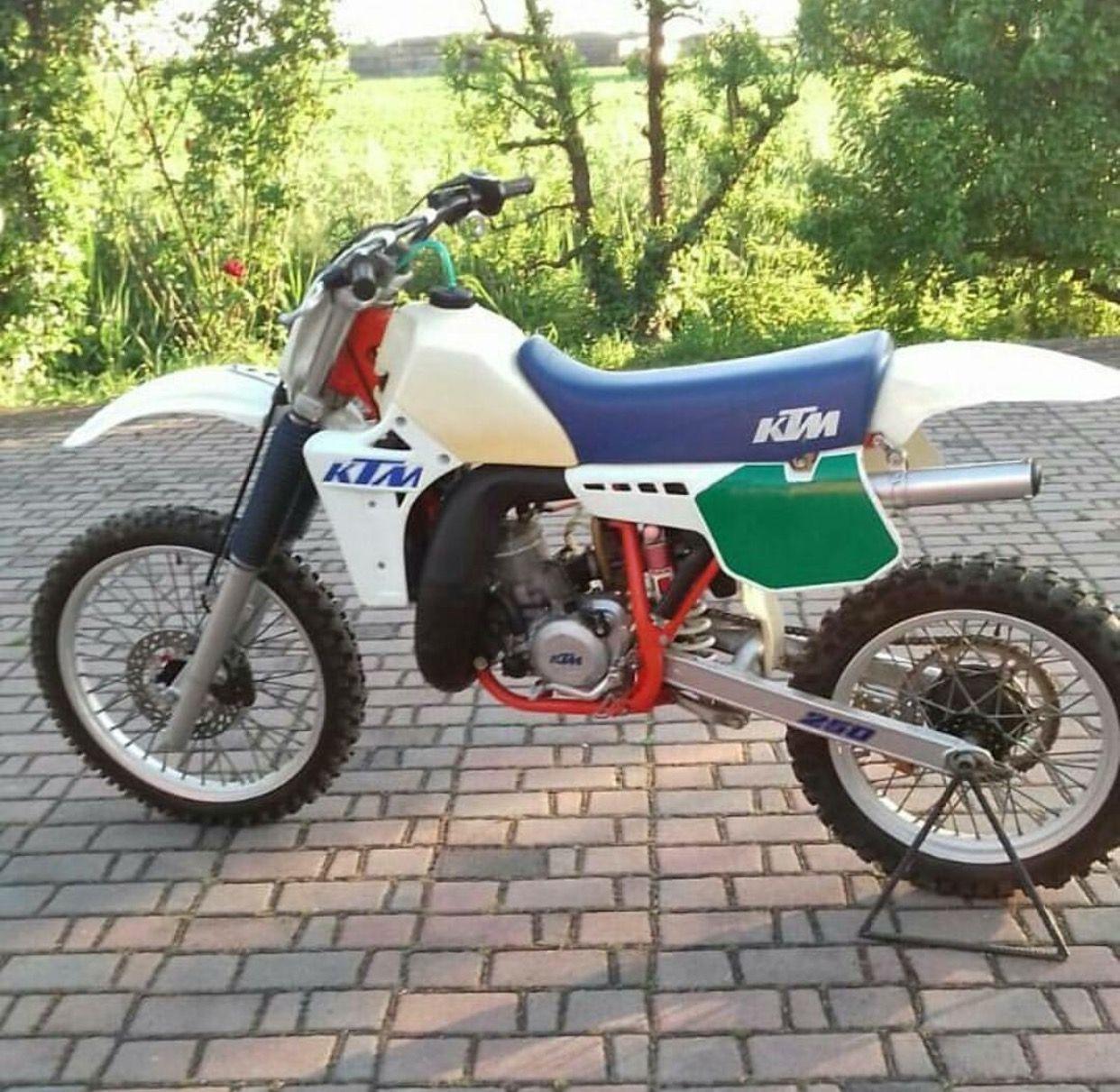 Pin By Scott Gaubatz On Ktm Dirtbikes Riders Vintage Motocross Ktm Vintage Bikes