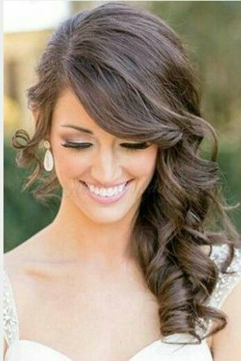 Cute Off To The Side Hairstyle Medium Hair Styles Wedding Hairstyles Medium Length Bride Hairstyles