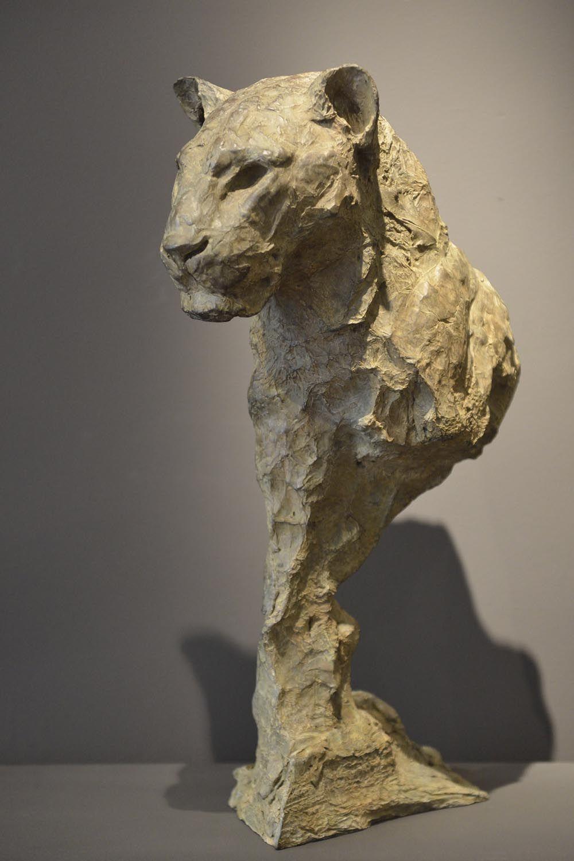 Galerie bayart art moderne contemporain paris for Statue en resine pour jardin