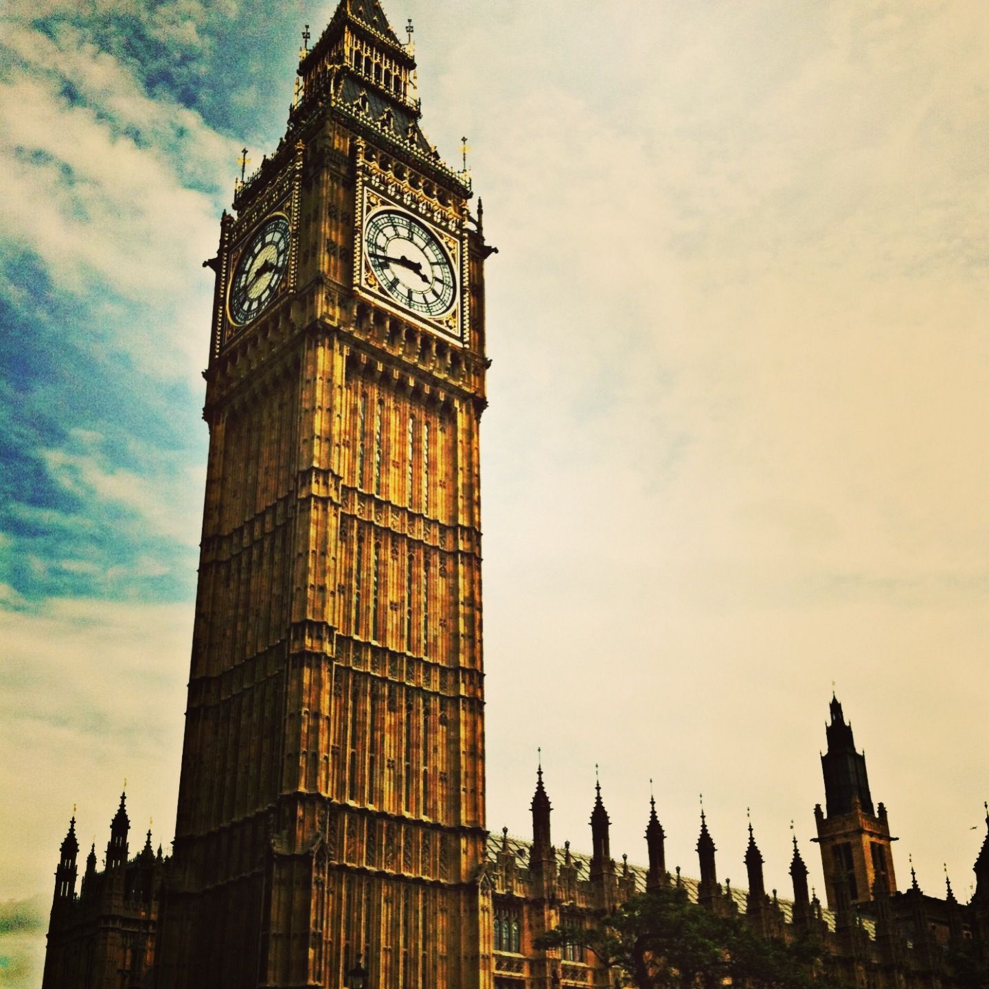 Christmas Places To Visit In London: Big Ben, London, England