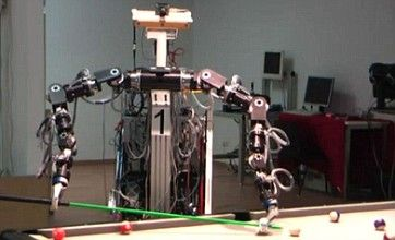 Billiard playing robot able to rack up eight-balls with precision hustle