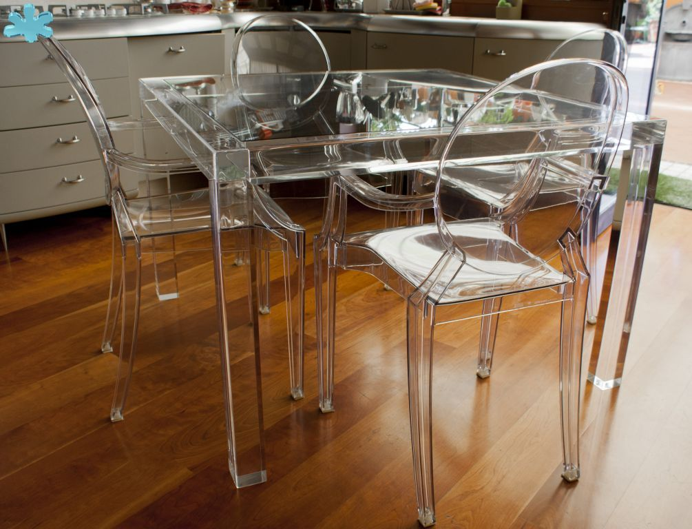 Tavolo conferenze ~ Tavolo shangai gambe trasparenti in plexiglass tavoli da pranzo