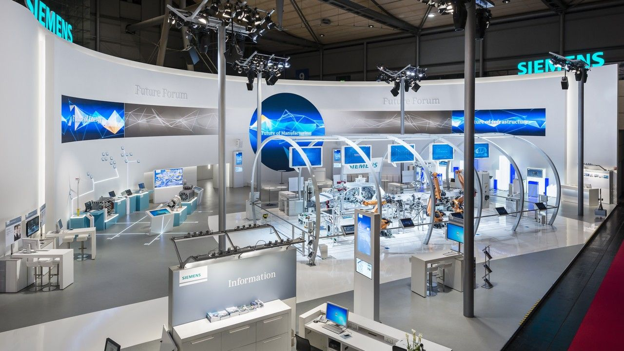 Projects siemens at the hannover messe 2014 triad for Interior design messe