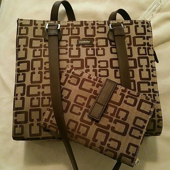 Modella Purse And Accessory Make Me An Offer Brown With Matching Barely Used 10 Tall 11 Wide One Pocket Inside Zips