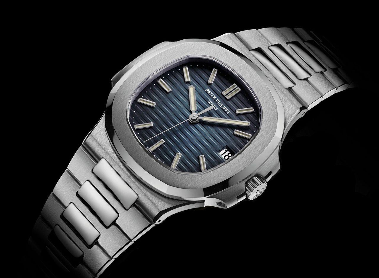 Nautilus 5711 24 500 watches pinterest nautilus and patek philippe for Patek philippe nautilus