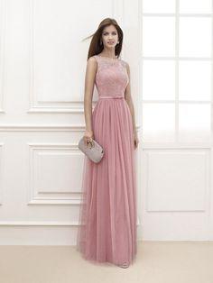 35aa71b0a El color rosa cuarzo cubrirá los vestidos para una boda de la nueva  temporada. Tanto los vestidos largos como los cortos tendrán todo el  glamour para ti