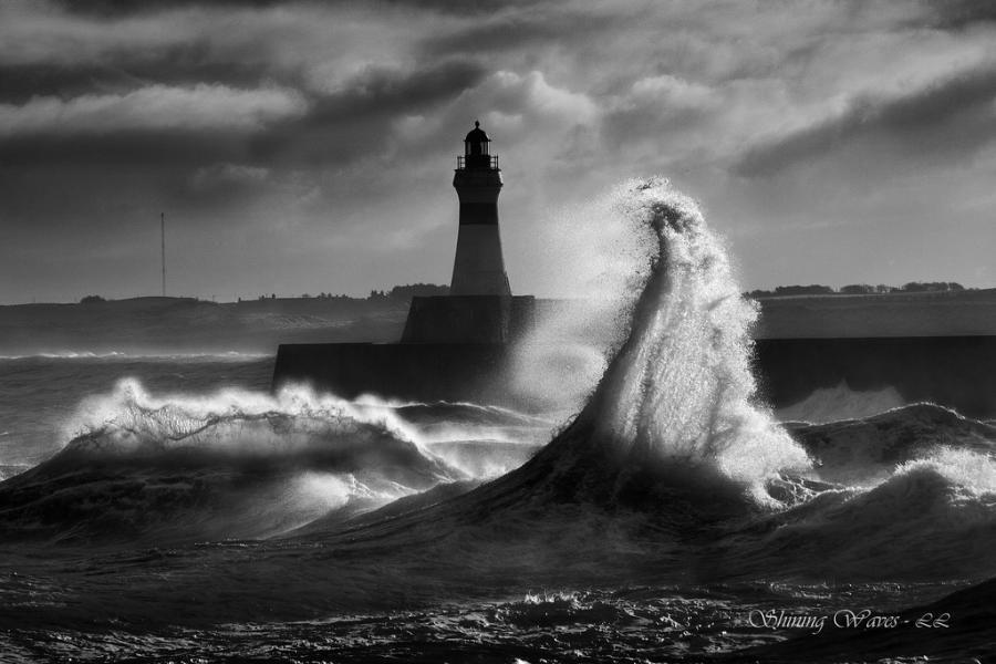 Faro Con Mare In Tempesta Fari Nel 2019 Fari Fotografia Di