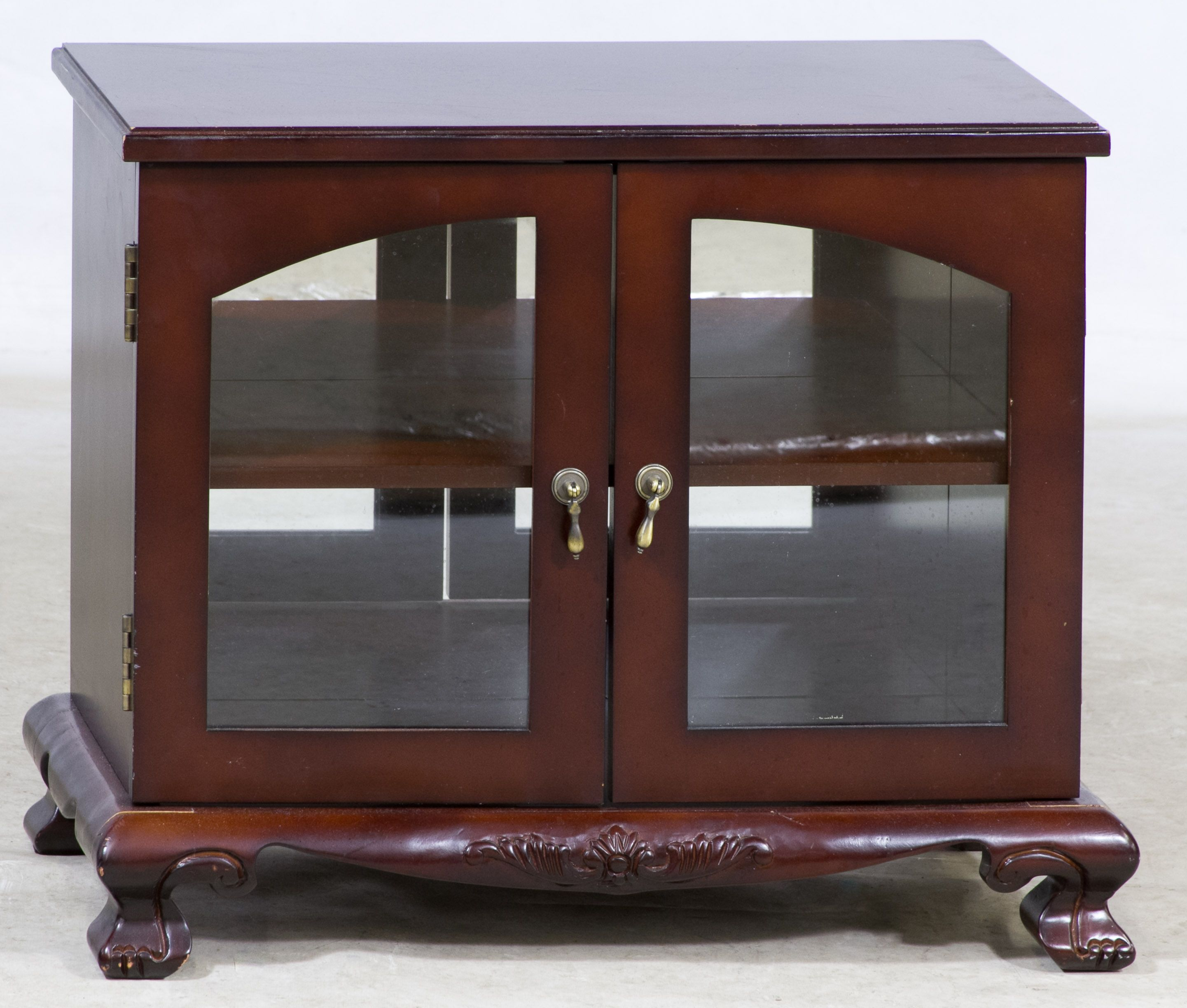 Lot 627 Mahogany Stained Display Cabinet Small Table Top Cabinet