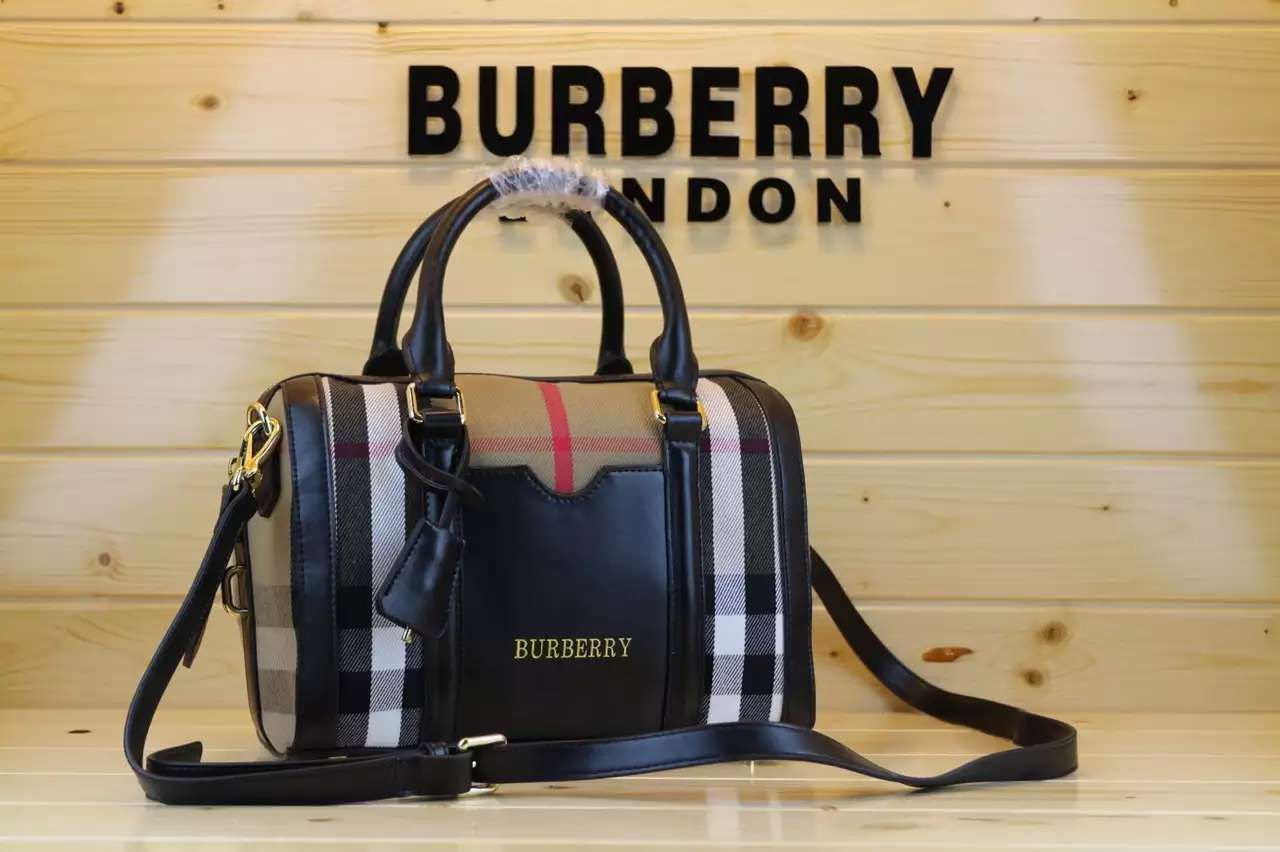 Best 25+ Burberry outlet store ideas on Pinterest ...