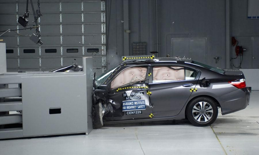 Iihs Names Safest Cars For 2013 With Images 2013 Honda Accord