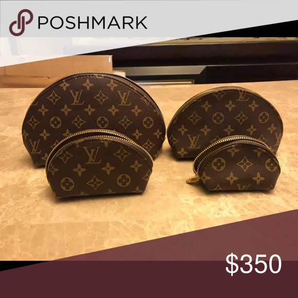 Lv Makeup Bags Set Of 4 Brand New Brand New Never Used Four Different Sizes Please Refer To Pictures Louis Vuitton Bags Cos Makeup Bag Bags Louis Vuitton Bag
