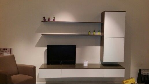 Tv-meubel (Mesh Rotterdam)