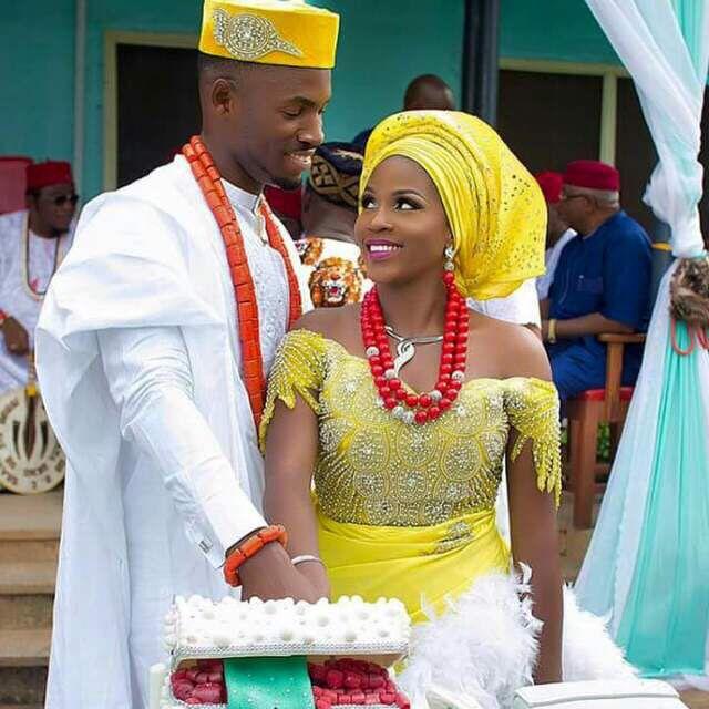Traditional Wedding Yellow Is The Way Forward African Fashion Traditional Wedding Attire African Fashion Designers