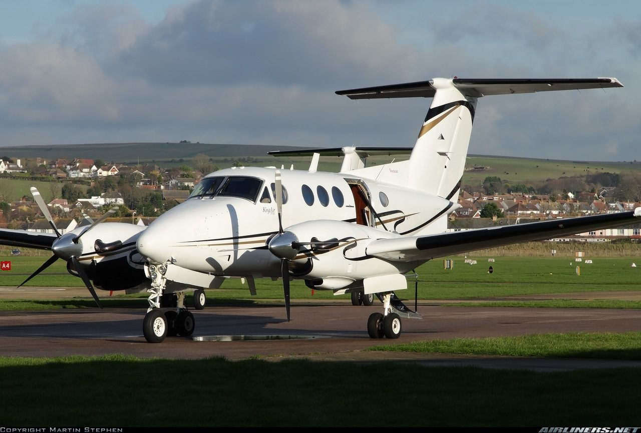 Beech F90 King Air aircraft picture Aircraft pictures