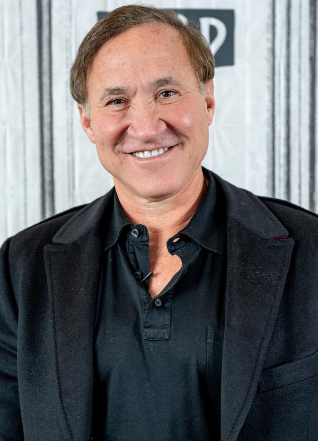 Botched S Dr Terry Dubrow Thinks The Keto Diet Is Dumb So He Created His Own Plan Terry Dubrow Diet Keto Diet