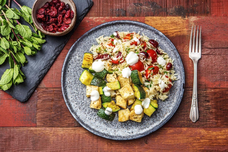 Hello Pilaf! Indisches Reisgericht mit Paneer, Cranberrys und ...