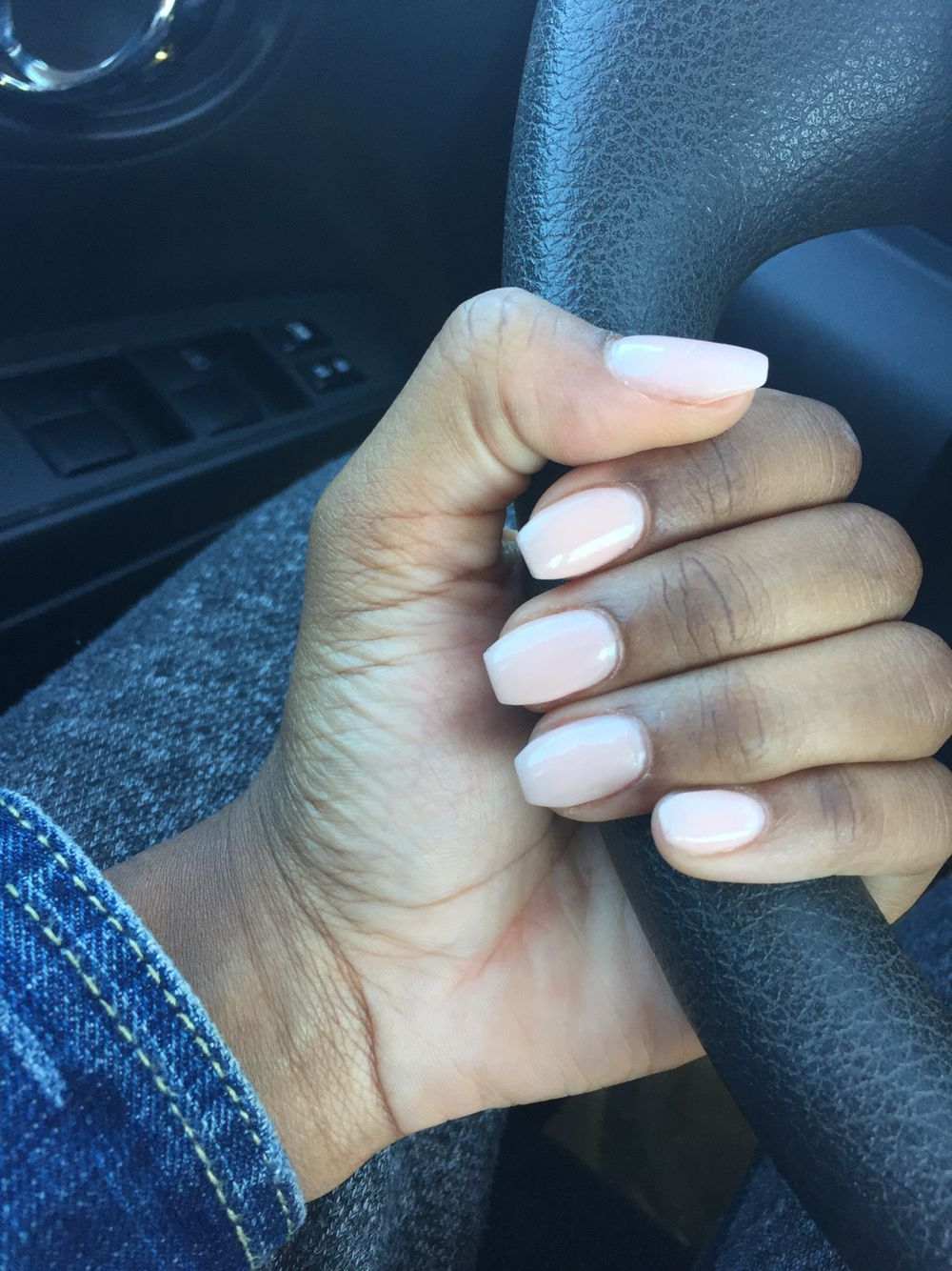 Perfect Length And Shape I Love These Short Acrylic Nails Coffin Shape Nails Acrylic Nails Coffin