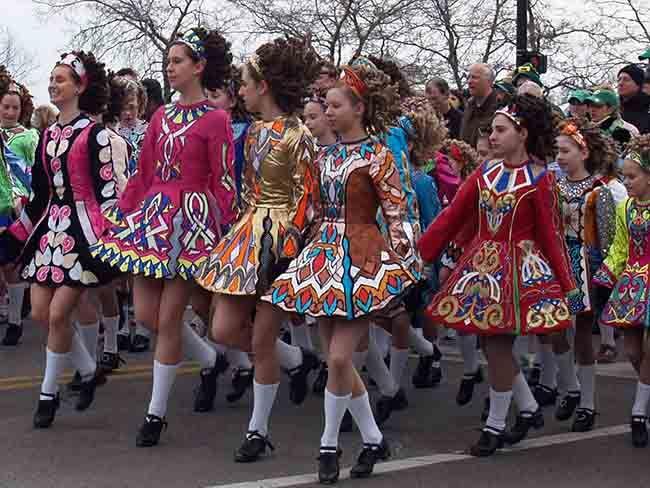 16 Year Old Defends Irish Dance Against Shallow Accusations Irishcentral Com Irish Dance Irish Dancing Dresses Irish Dance Costume