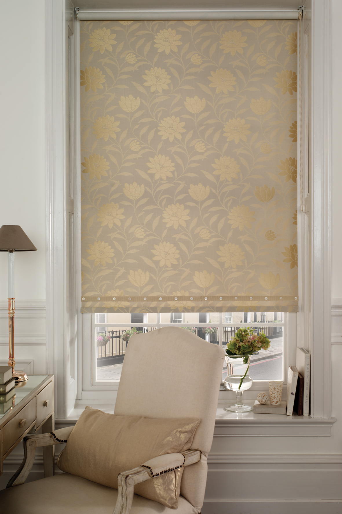 Products rollers in vogue blinds - At All About Blinds We Stock One Of The Largest Ranges Of Roller Blinds In Wellington With Sunscreen Block Outs Vision Day Night Blinds Along With