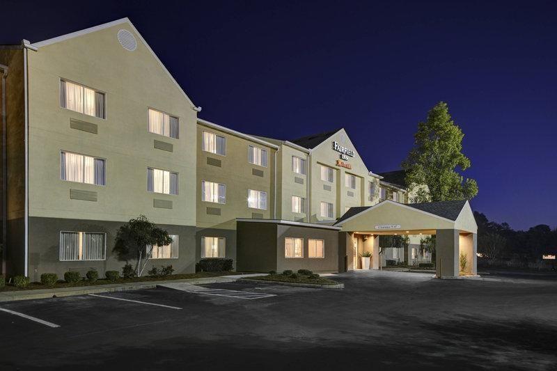 Fairfield Inn Dothan A 2 5 Star Hotel 3038 Ross Clark Circle Dothan Al Alabama United States 36301 In 2020 Fairfield Inn Hotel Inn