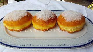 Bomboloni alla crema di Sal de Riso. da cenerentola in cucina su Akkiapparicette