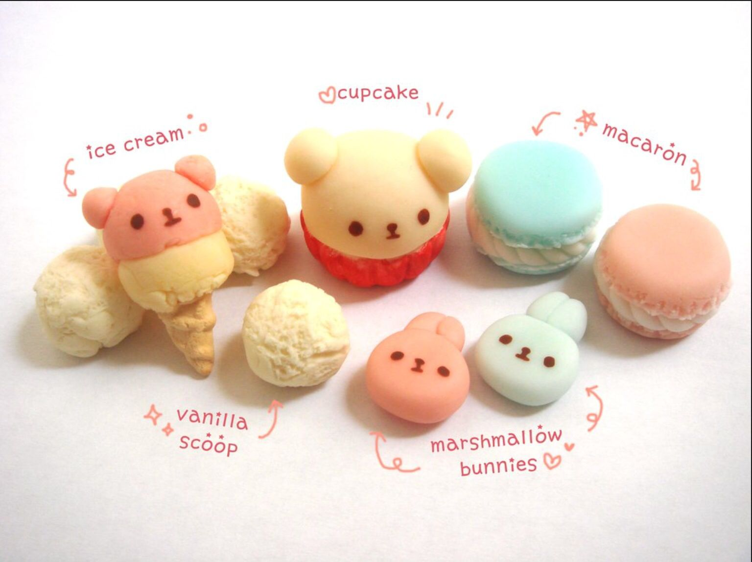 Dessert, character. Ice cream, macaron, molang pooh bear
