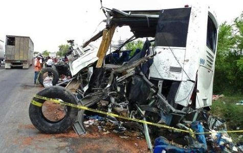 México: Autobús envite peregrinos deja 20 muerto