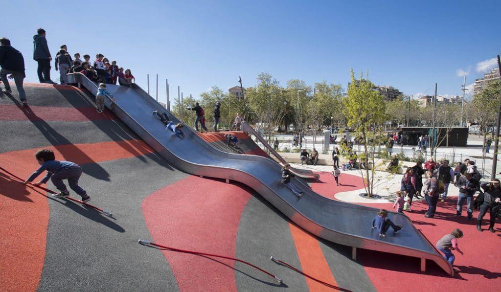 7 De Los Mejores Parques Infantiles De Barcelona Barcelona Secreta Basketball Court Court