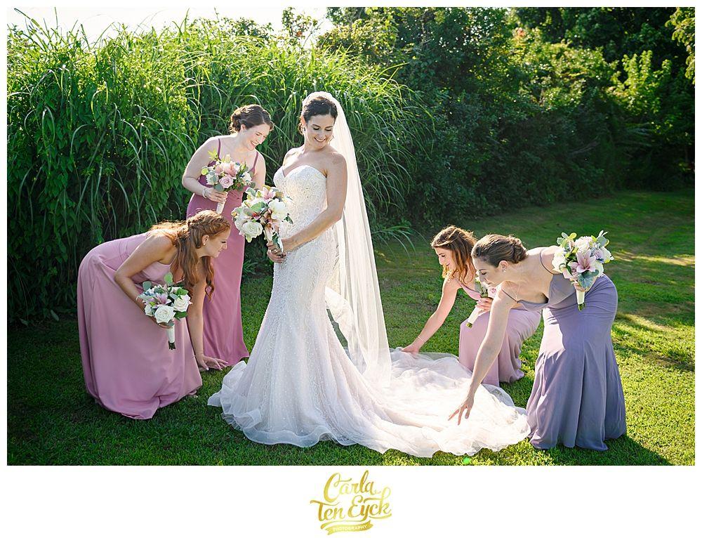 Owenego Inn Wedding Branford Ct Carla Ten Eyck Summer Wedding Outdoor Wedding Blush Bridesmaids