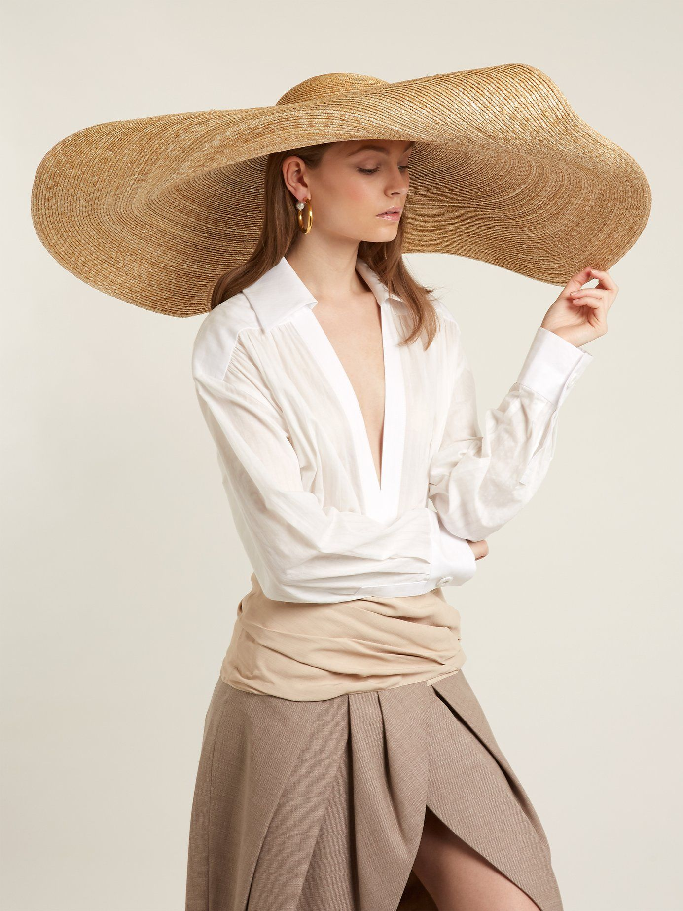 JACQUEMUS La Bomba straw hat  360  eb38f02f34f