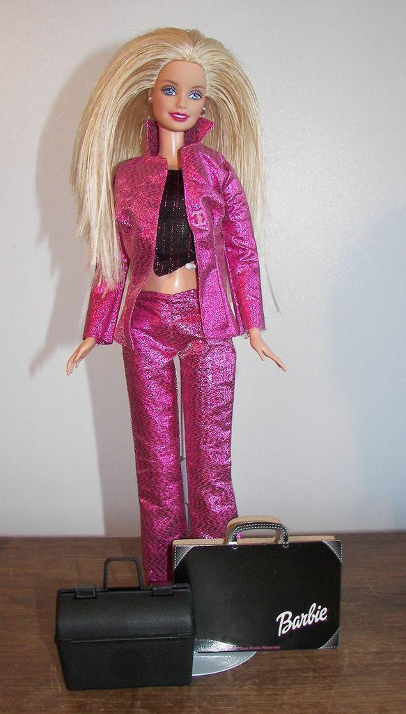 2000 Barbie Fashion Designer 29399 Barbie Fashion Designer Fashion Barbie Fashion