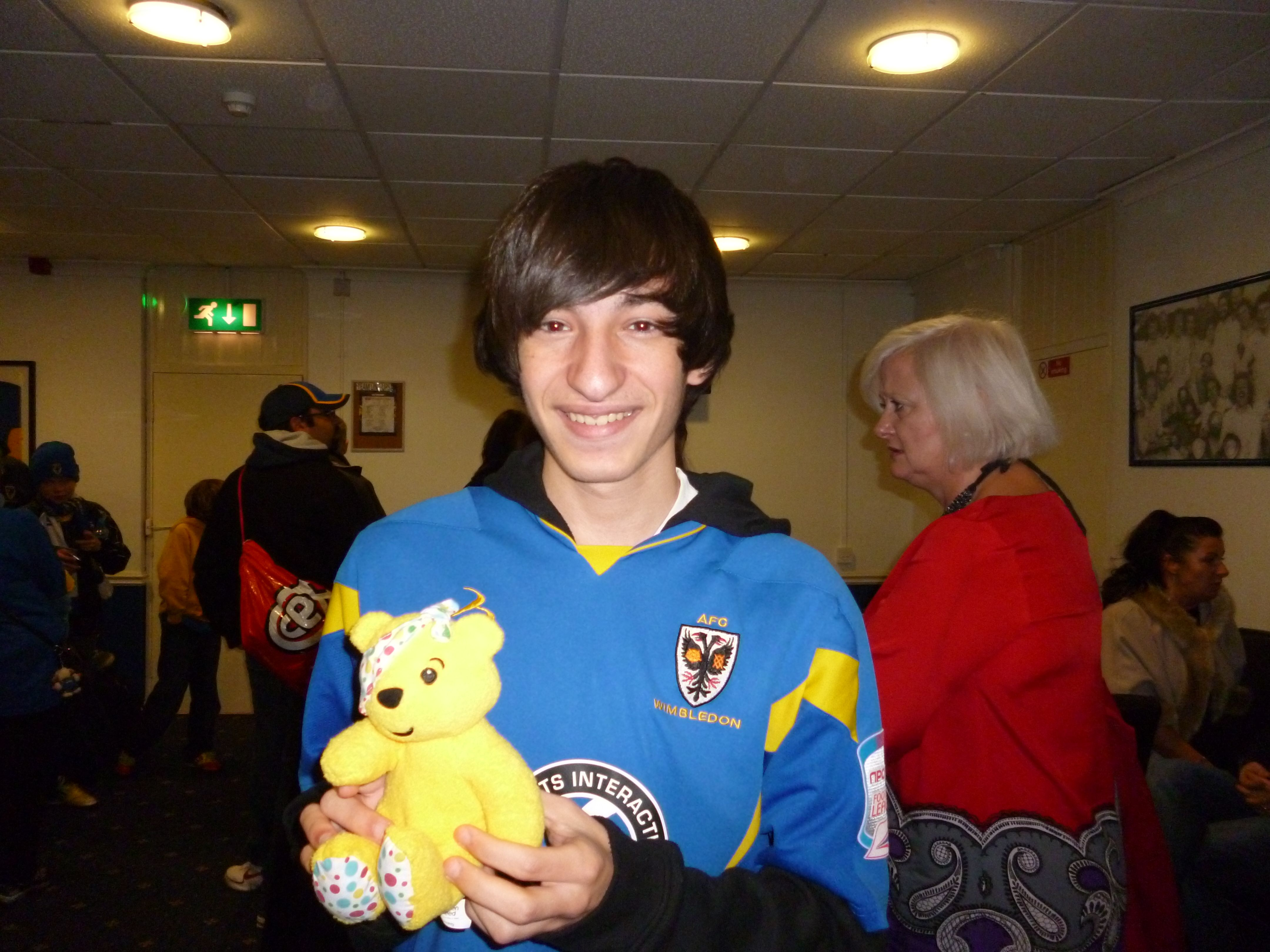Charlie Strank, student and supporter of AFC Wimbledon supports the Paul Strank Roofing Photothon with Pudsey! #pudseyphotothon #cin #pudsey